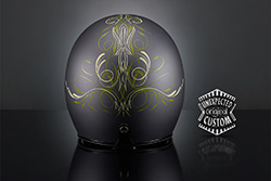 custom helemt Pinstriping